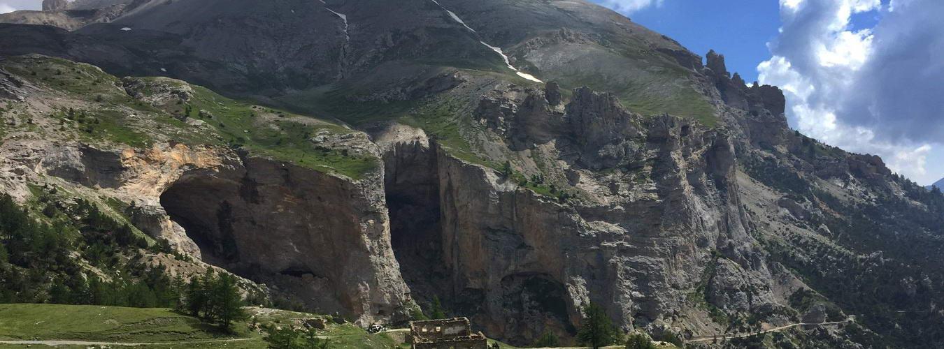 picos-de-europa-mountain-ranges